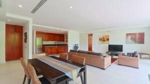 宽敞的2间卧室,外国人永久产权公寓 - 2 卧/2 浴