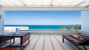 宽敞且能欣赏迷人海景的永久产权公寓 - 2 卧/2 浴